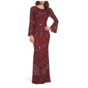 NEW Mac Duggal Sequin Bell Sleeve Gown Burgundy